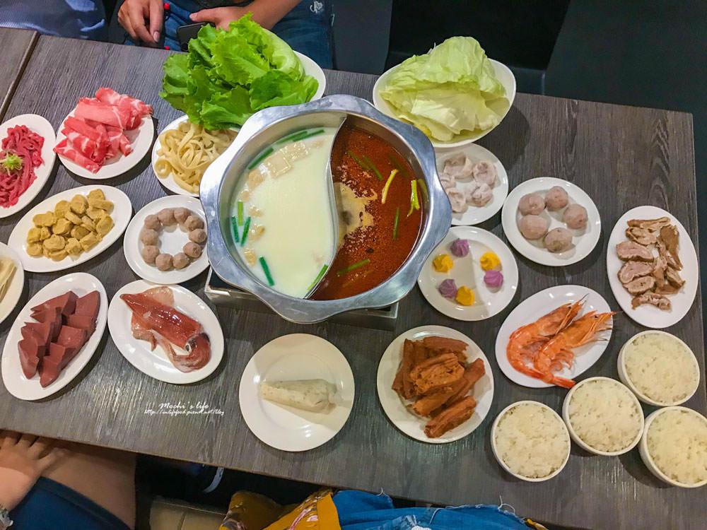 台北車站美食|瓦法奇朵北車店:平價火鍋,牛肉麵義大利麵都有!適合聚餐聊天的餐廳
