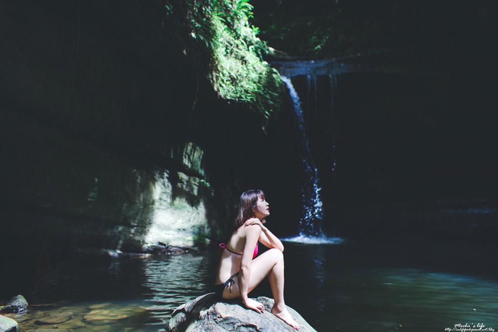 新北瀑布秘境 望谷瀑布:空靈瀑布秘境游泳,望谷車站走10分鐘即可抵達@平溪景點