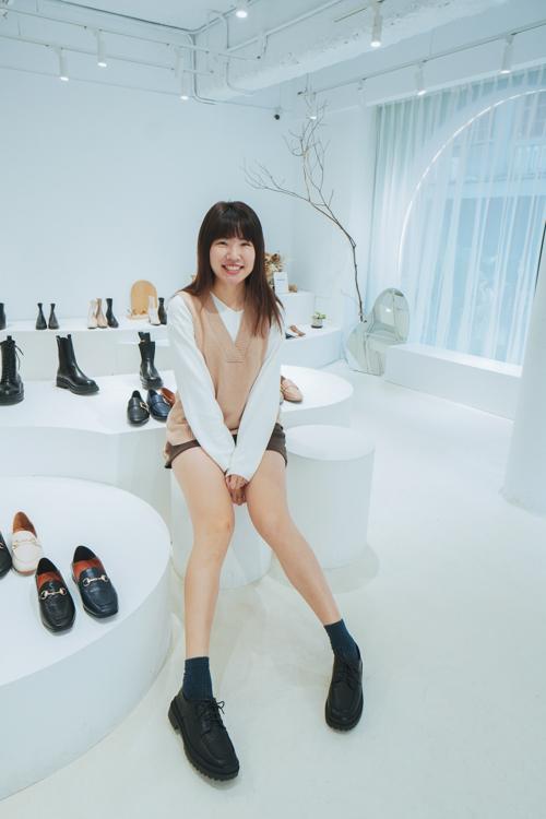 全台最美鞋店,D+AF門市,台北東區,逛街,長靴