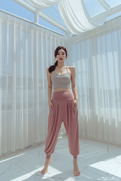 高腰運動褲,mellow運動服,瑜珈服品牌,不顯駱駝蹄運動褲,運動內衣推薦,韓國運動服品牌
