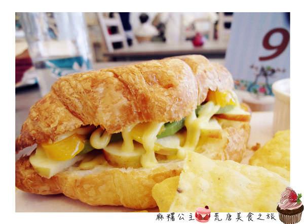 台北東區下午茶 ▌「delight cafe」:爆漿口袋鬆餅、水果可頌×不收服務費的鄉村下午茶(捷運忠孝敦化站)