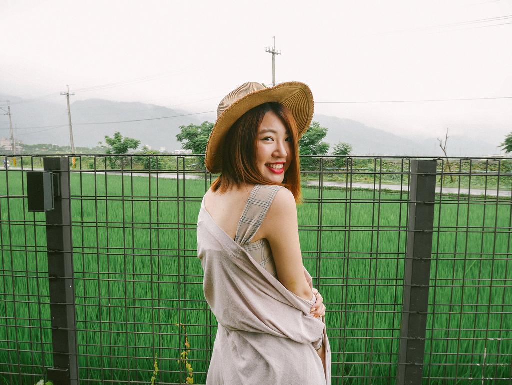 網拍分享|簡約時尚穿搭,穿上「FAMshop」擁有法式簡單的隨性自信 (現貨快速寄出)