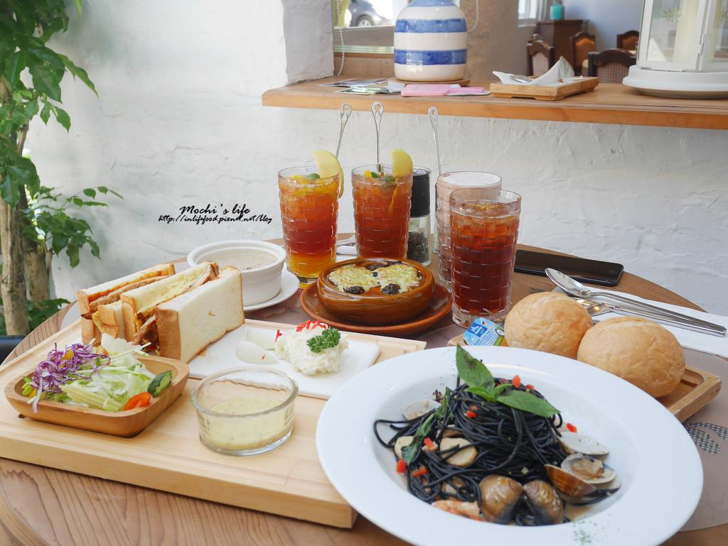 陽明山景觀餐廳|餐點環境都好喜歡! 有溫度的「白房子 Yang Ming Caf'e」,美軍宿舍改建優雅歐式餐廳(文化大學旁、家族聚會餐廳)