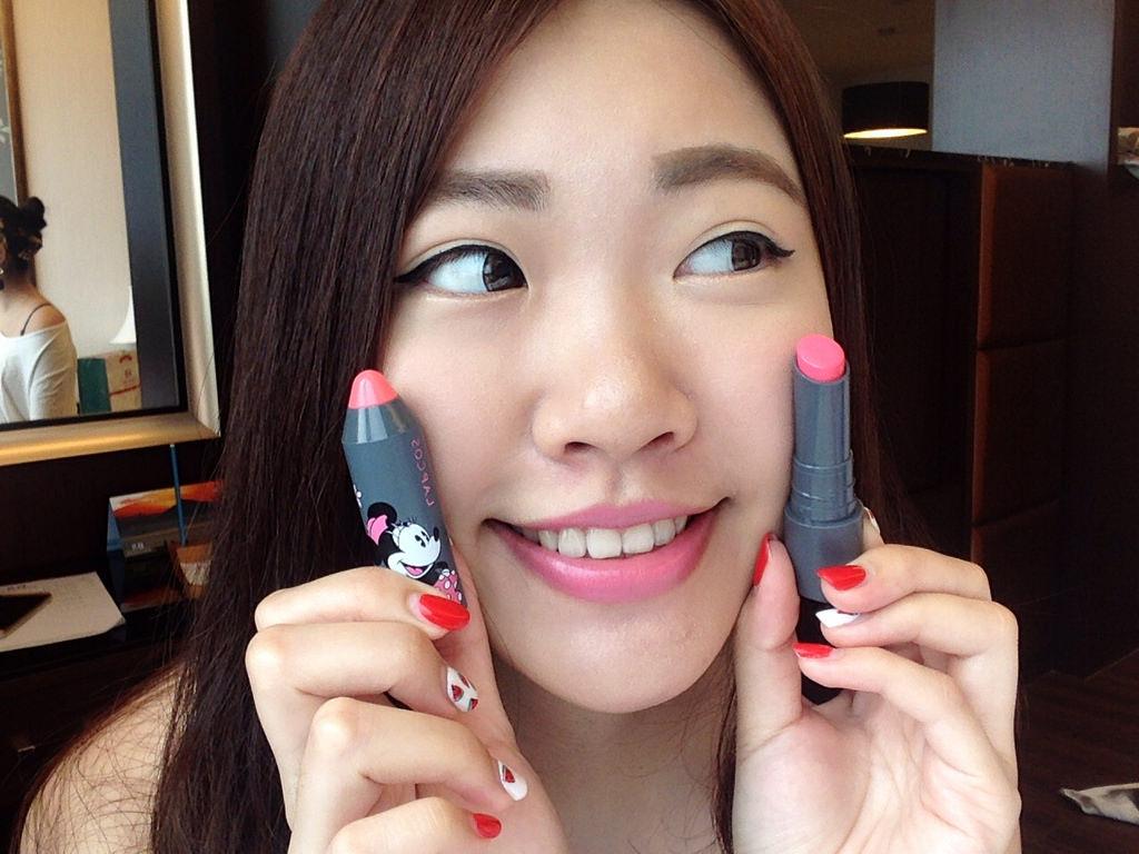 86小舖分享|韓國唇膏 極Q的蛋黃哥&迪士尼唇膏:「LAPCOS x Disney唇膏」&「 Holika Holika蛋黃哥唇膏」