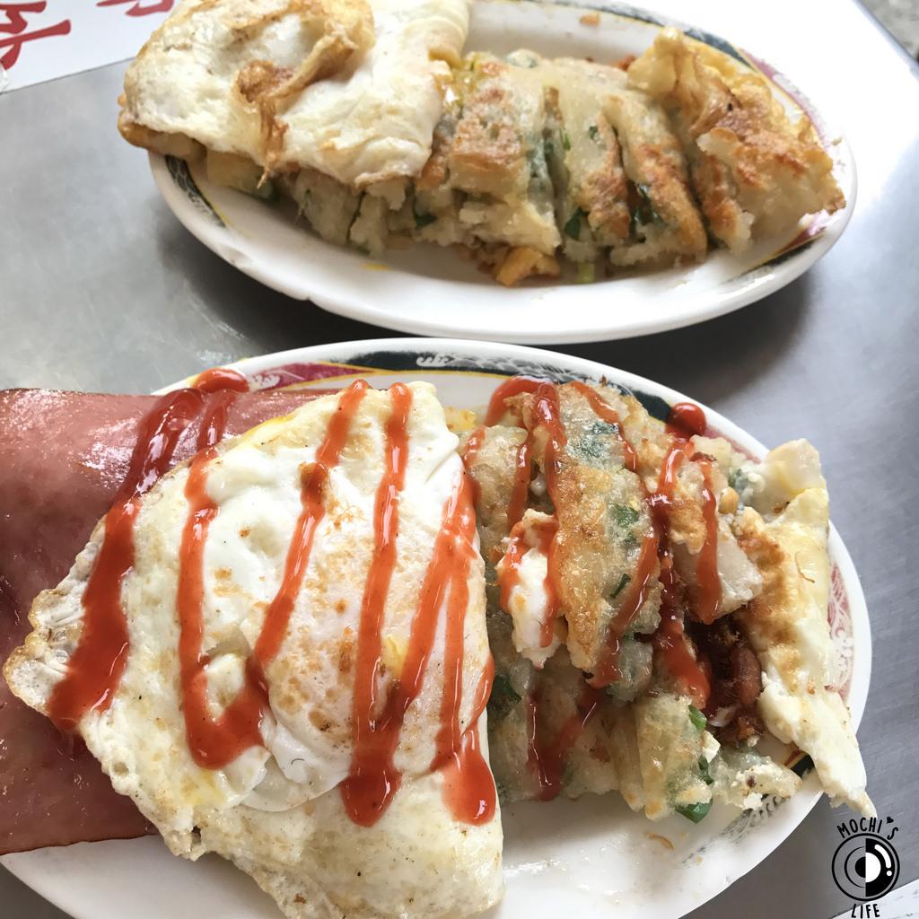 台中早餐推薦|超便宜手工蛋餅!蛋餅皮超酥脆 像蔥抓餅的「一心古早味蛋餅」,晚來可是要排隊的台中平價美食