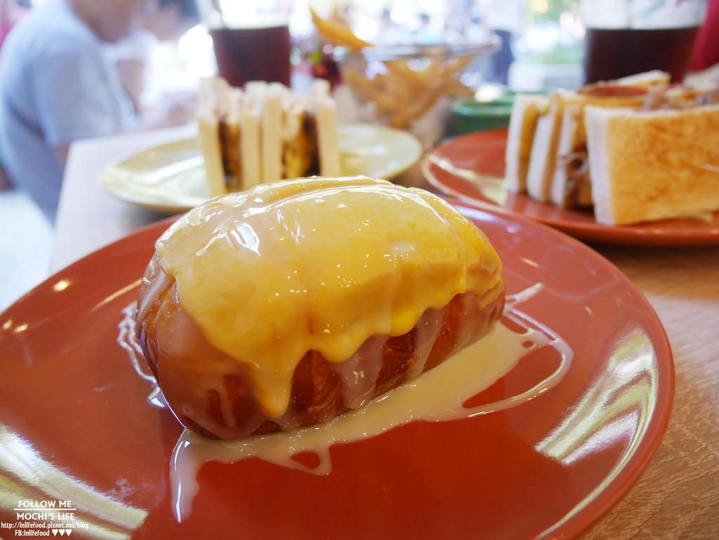 中和早午餐|激推起司煉乳炸饅頭!「福來早餐 FOOD LIFE」炭烤吐司也好食@中和環球旁(中和環球美食、早午餐推薦)