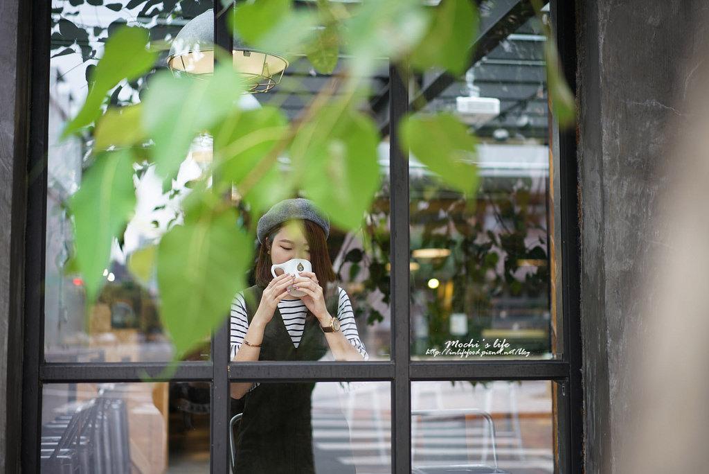 民生社區咖啡廳|all day roasting company:美到可坐一整天❤慢活工業風咖啡廳 挑高空間@捷運南京三民站(民生社區美食/民生社區不限時咖啡廳/有wifi插座)