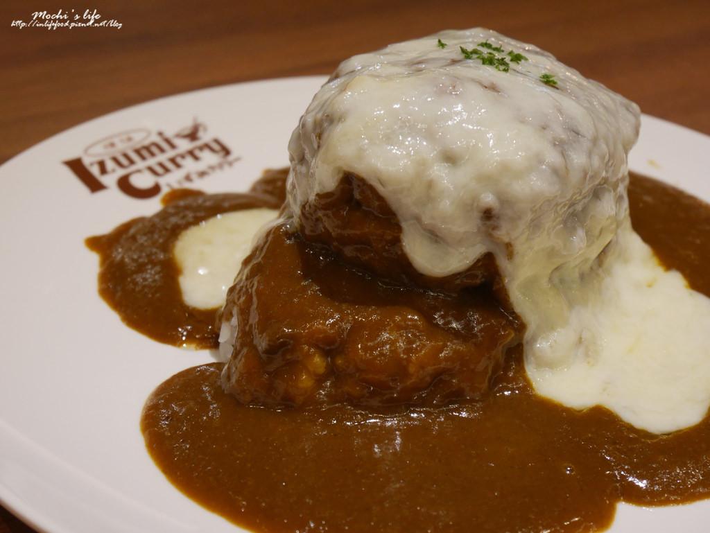 台北車站京站餐廳▌來自大阪「Izumi Curry」,售價有點太高,比起招牌12盎司起司漢堡咖哩,更推薦雞排(捷運台北車站、京站)已歇業